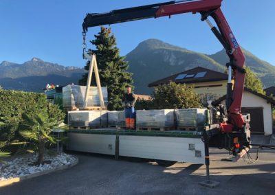 Livraison des 24 tonnes de pavés Carena